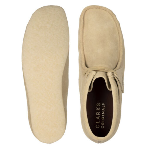 Clarks Wallabee Boot Maple Suede.